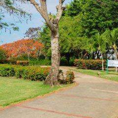 Отель Gusto Tropical Dependance Доминикана, Бока Чика - отзывы, цены и фото номеров - забронировать отель Gusto Tropical Dependance онлайн парковка