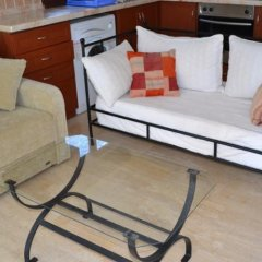 Апартаменты Deniz Apartment комната для гостей фото 2