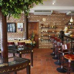 Отель Natural Wing Health Spa & Resort гостиничный бар