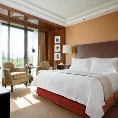 Four Seasons Hotel London at Park Lane 5* Номер Делюкс с различными типами кроватей