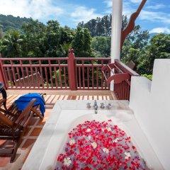Отель Thavorn Beach Village Resort & Spa Phuket 4* Стандартный номер с двуспальной кроватью фото 5