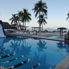 Отель Fontan Ixtapa Beach Resort бассейн фото 3