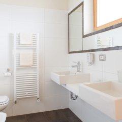Astor Hotel Сцена ванная