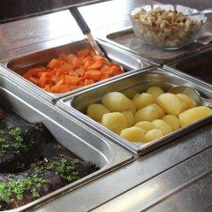 Отель Nurmeshovi Финляндия, Нурмес - отзывы, цены и фото номеров - забронировать отель Nurmeshovi онлайн питание фото 3