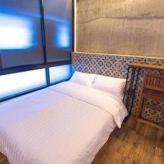 Отель Glur Bangkok Стандартный номер разные типы кроватей фото 43