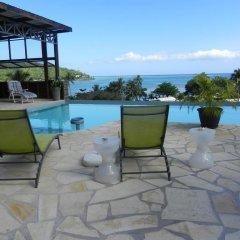 Отель Fare Arana Французская Полинезия, Муреа - отзывы, цены и фото номеров - забронировать отель Fare Arana онлайн бассейн фото 3