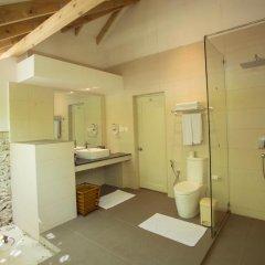 Отель Ellaidhoo Maldives by Cinnamon 4* Улучшенный номер с различными типами кроватей
