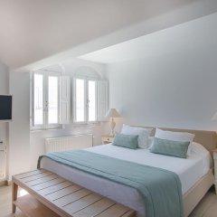 Отель Aqua Luxury Suites Люкс с различными типами кроватей