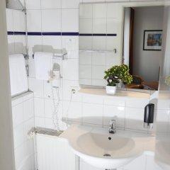 Отель Condor Германия, Гамбург - отзывы, цены и фото номеров - забронировать отель Condor онлайн ванная