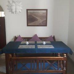 Отель Seagreen Guesthouse Шри-Ланка, Галле - отзывы, цены и фото номеров - забронировать отель Seagreen Guesthouse онлайн интерьер отеля