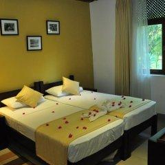 Отель Lakeside At Nuwarawewa 3* Улучшенный номер фото 3