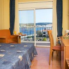 Отель RVHotels Nieves Mar 3* Стандартный номер с различными типами кроватей фото 4