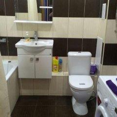 Гостиница Kubanskaya Naberezhnaya 64 в Краснодаре отзывы, цены и фото номеров - забронировать гостиницу Kubanskaya Naberezhnaya 64 онлайн Краснодар ванная фото 4