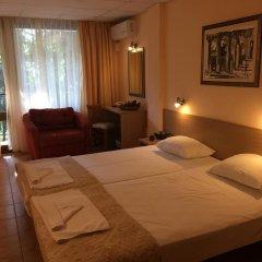 Park Hotel Briz - Free Parking 3* Стандартный номер с различными типами кроватей фото 3