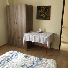 Отель Art Guesthouse Армения, Ереван - отзывы, цены и фото номеров - забронировать отель Art Guesthouse онлайн сейф в номере