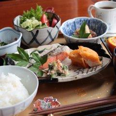 Отель La Isla Tasse Япония, Якусима - отзывы, цены и фото номеров - забронировать отель La Isla Tasse онлайн питание фото 2