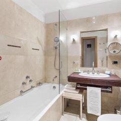 Отель NH Milano Touring 4* Стандартный номер разные типы кроватей фото 18
