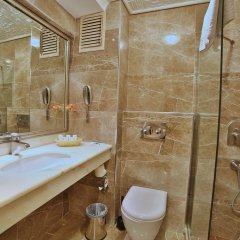 Grand Anka Hotel ванная