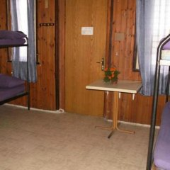 Momos Hostel Кровать в мужском общем номере с двухъярусными кроватями фото 3