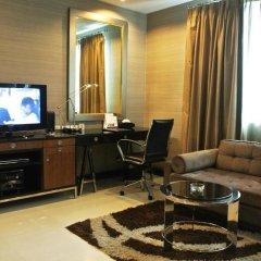 Отель FuramaXclusive Asoke, Bangkok 4* Номер категории Премиум с различными типами кроватей фото 8