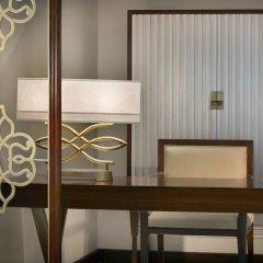 Отель The Ritz-Carlton, Dubai Представительский люкс с различными типами кроватей фото 4