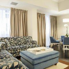 Hotel De La Ville 4* Люкс с различными типами кроватей