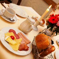 Отель Hahn Hotel Германия, Мюнхен - 3 отзыва об отеле, цены и фото номеров - забронировать отель Hahn Hotel онлайн питание фото 2