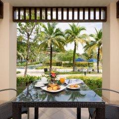 Отель Angsana Villas Resort Phuket 4* Люкс с различными типами кроватей фото 14
