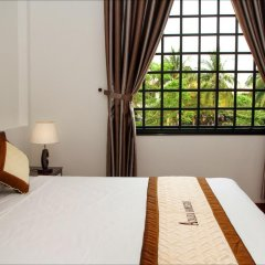 Отель Azalea Homestay 2* Номер Делюкс с двуспальной кроватью фото 6
