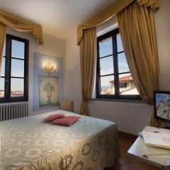 Hotel Tornabuoni Beacci 4* Улучшенный номер с различными типами кроватей фото 2