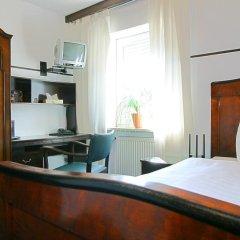 Отель Airporthotel Regent 3* Стандартный номер с различными типами кроватей фото 3
