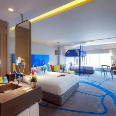 Отель ibis Styles Bangkok Khaosan Viengtai 3* Стандартный семейный номер с двуспальной кроватью