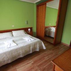 Отель Hostal Sanpatiel Стандартный номер с двуспальной кроватью фото 6