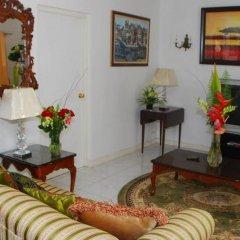 Отель Mango Tree Peaceful Pension комната для гостей фото 4