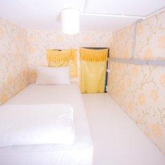 Отель Glur Bangkok Стандартный номер двухъярусная кровать фото 3