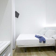 Отель Som Nit Born Стандартный номер с различными типами кроватей фото 2