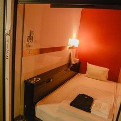Отель First Cabin Tsukiji Капсула в мужском общем номере фото 5