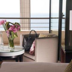 Отель Hyatt Regency Nice Palais De La Mediterranee 5* Стандартный номер фото 4