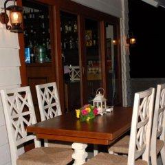 Отель Joaquin's Bed and Breakfast Филиппины, Тагайтай - отзывы, цены и фото номеров - забронировать отель Joaquin's Bed and Breakfast онлайн питание фото 2