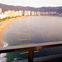 Отель Holiday Inn Resort Acapulco 3* Стандартный номер с разными типами кроватей фото 4