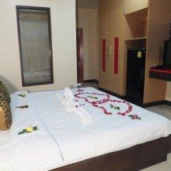Dengba Hostel Phuket Улучшенный номер с различными типами кроватей фото 15