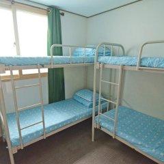 Kimchee Downtown Guesthouse - Hostel Кровать в общем номере с двухъярусной кроватью фото 10