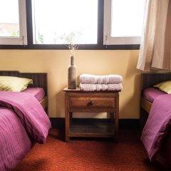 Отель Swayambhu View Guest House Непал, Катманду - отзывы, цены и фото номеров - забронировать отель Swayambhu View Guest House онлайн удобства в номере фото 2