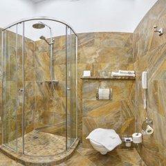 Бутик-Отель Росси 4* Улучшенный номер двуспальная кровать фото 7