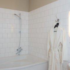 Гостиница Crossroads 3* Улучшенный номер с 2 отдельными кроватями фото 10