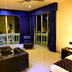 Отель East Suites Представительский люкс с различными типами кроватей фото 7