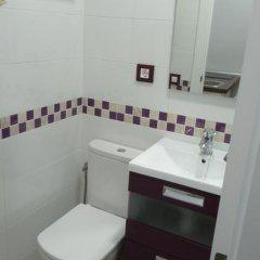Отель Apartamento Salitre 2 - Lavapiés Испания, Мадрид - отзывы, цены и фото номеров - забронировать отель Apartamento Salitre 2 - Lavapiés онлайн ванная