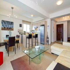 Отель Amadora Luxury Villas Кипр, Протарас - отзывы, цены и фото номеров - забронировать отель Amadora Luxury Villas онлайн комната для гостей фото 2
