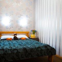 Marusya House Hostel Стандартный семейный номер с двуспальной кроватью фото 12