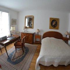 Отель Elegant Appartement Etoile Франция, Париж - отзывы, цены и фото номеров - забронировать отель Elegant Appartement Etoile онлайн комната для гостей фото 2
